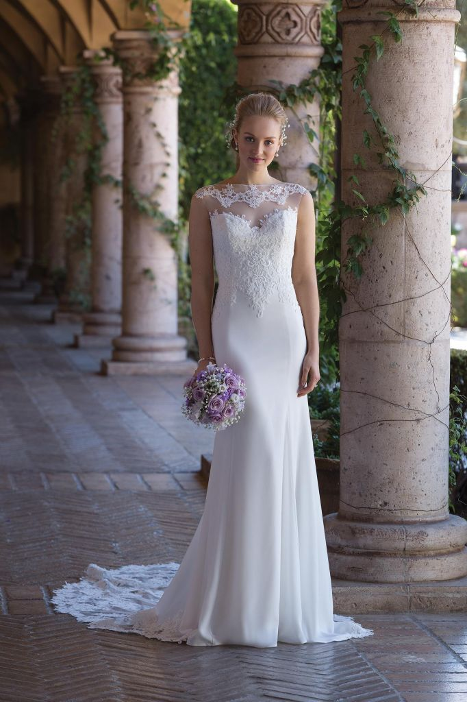 Sincerity Style 4005  Wedding Dress Details